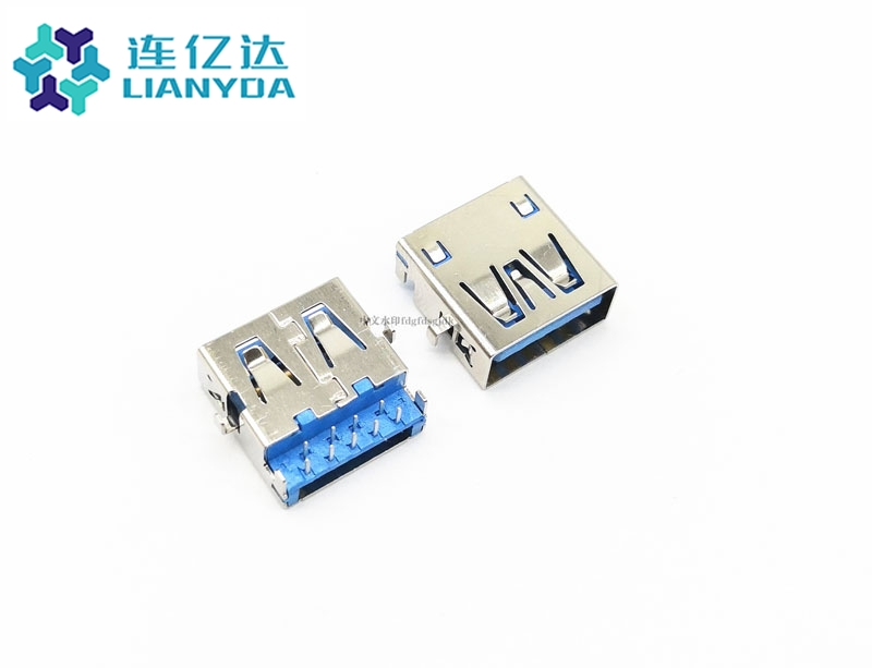 USB 3.0 AF 沉板 双排端子90°  方形脚 板上2.9